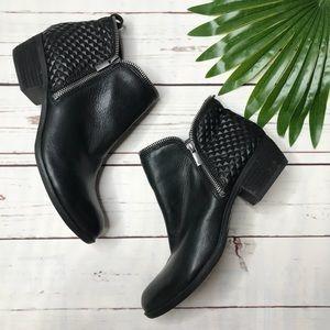 {Lucky Brand} sz 9.5 Black bartalino booties